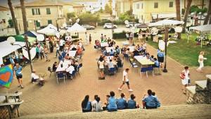 festa-piazza-chiesa-mini
